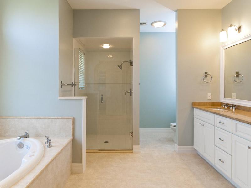 Castaway Cove Riverfront Home Master Bath