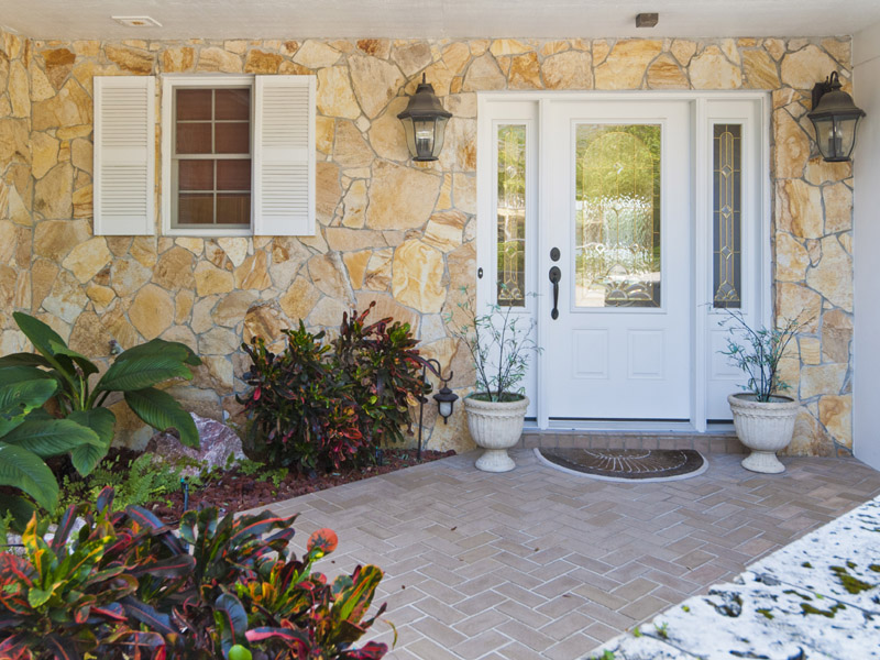 Castaway Cove Riverfront Home Front Entrance