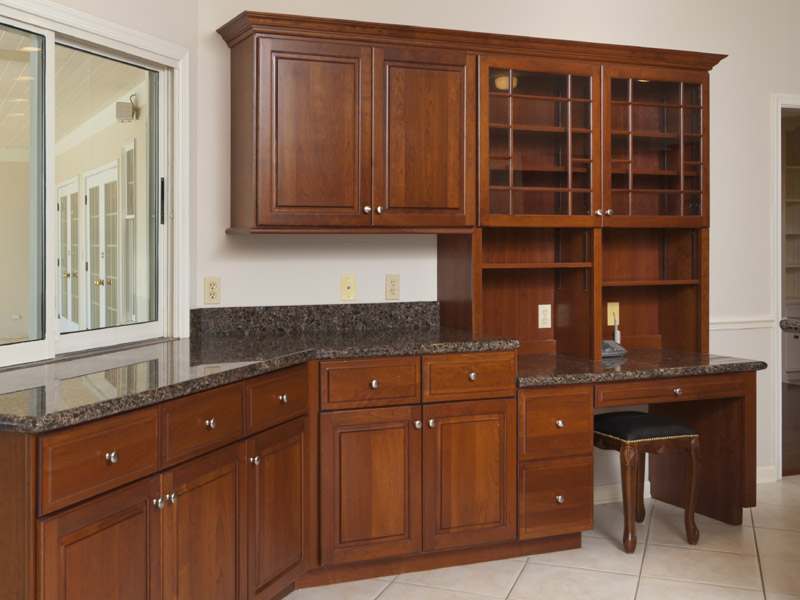 Castaway Cove Riverfront Home Kitchen