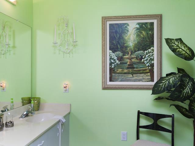 Grand Harbor Condo Guest Bath