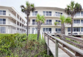 Indialantic By The Sea condo in Florida exterior view