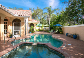 Vero Beach Open House at 990 Carib Ln Sunday April 30